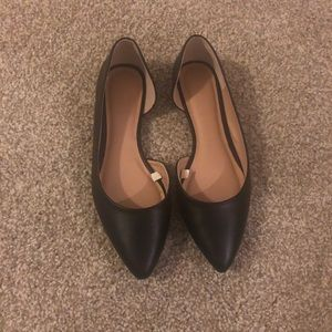 Shoes - Black Pointed Toe Flats